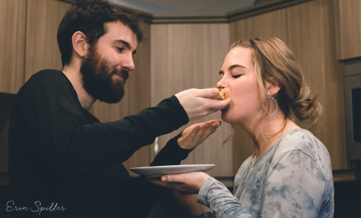 lindsey and cole couples session cute pizza love romantic happy photography-50
